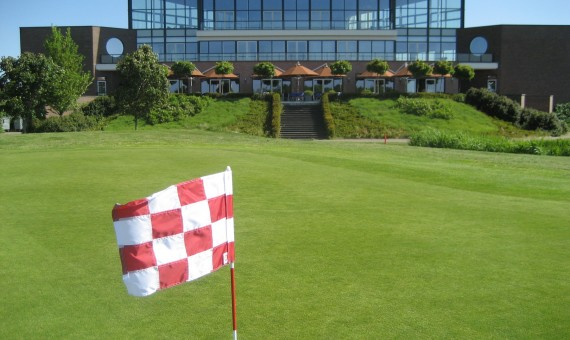 Golf Event Center